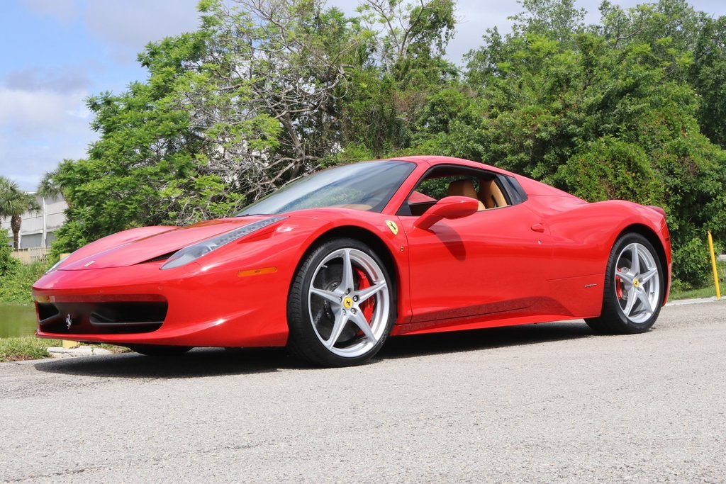 Pre-Owned 2014 Ferrari 458 Spider Base